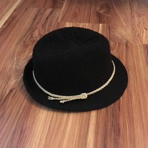 Accessories - Black fedora
